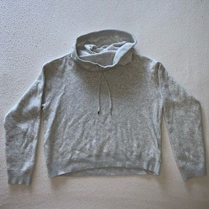 Light grey Forever 21 cropped turtle neck sweater